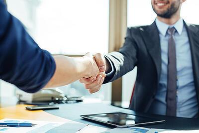 6 LinkedIn Tips for Better B2B Sales Relationships